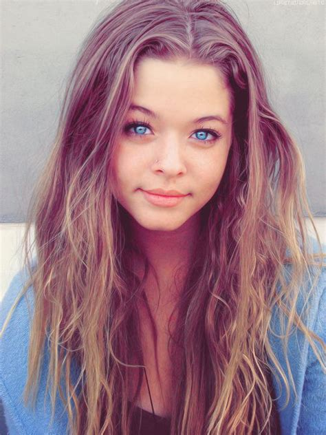 Pics For Blue Eyes Brown Hair Girl Tumblr Beaty For