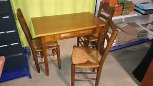 Table En Bois Massif Ancienne : table cuisine bureau 3 chaises bois massif maison meuble ancien vaisselle brocante magic ~ Teatrodelosmanantiales.com Idées de Décoration