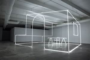 Artist Massimo Uberti sculpts neon light for Bentley ...