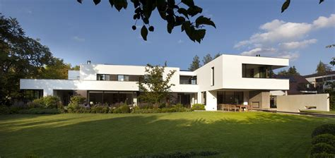 House I: Beautiful Bauhaus villa in Munich, Germany   10