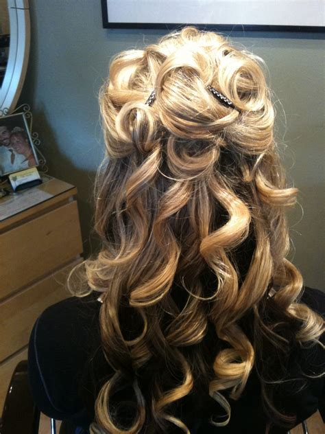Updo Hairstyle For Hair by Partial Updos For Hair Hair Style And Color For