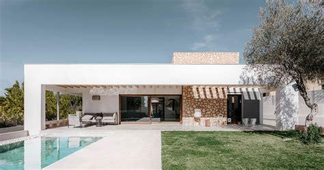 casas estilo mediterraneo detailers