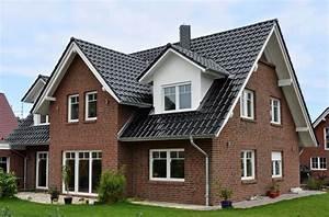 Modernes Landhaus Bauen : landhaus mit 190 99 qm wohnfl che 3 kinderzimmern und berdachtem eingang hausbau ~ Sanjose-hotels-ca.com Haus und Dekorationen