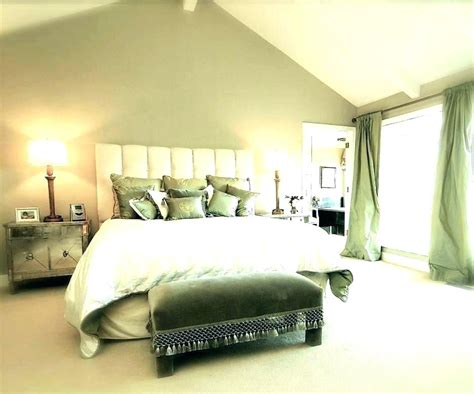 Green Paint Colors For Bedrooms Streethackerco