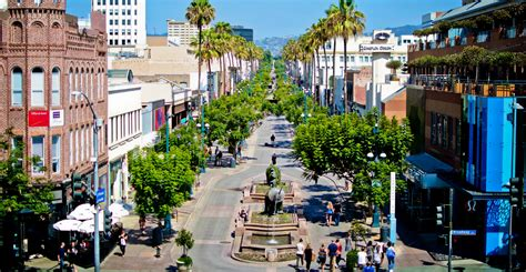 Santa monica private tour with restaurant and bar stops. Santa Monica Centric | Downtown Santa Monica year in review