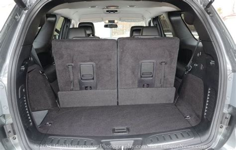 rear cargo area    dodge durango rt torque