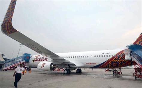 Hamil Muda Empat Bulan Goriau Dilanda Hujan Badai 3 Pesawat Rute Jakarta
