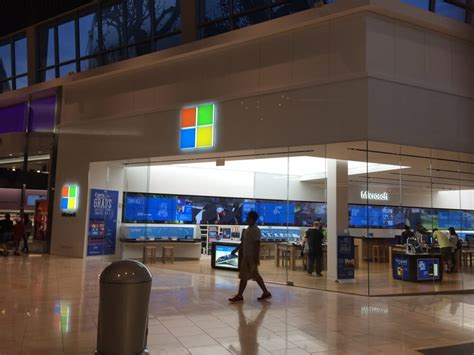 Garden State Plaza K Hit by Microsoft Store 14 Photos Electronics Garden State