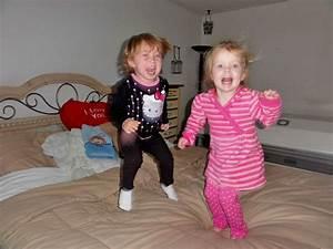 Kinder Mädchen Bett : kinder auf stumm stellen mamablog ~ Whattoseeinmadrid.com Haus und Dekorationen