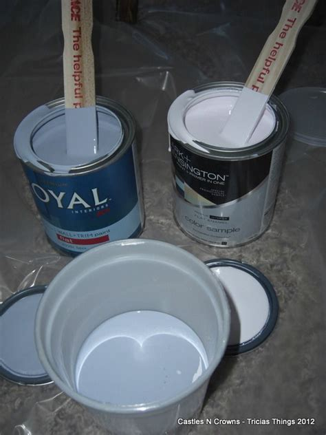 Making Chalk Paint with Baking Soda