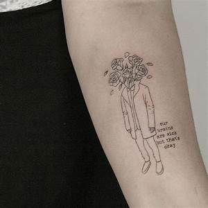 23 Amazing Minimalist Tattoos by the Talented Lindsay ...