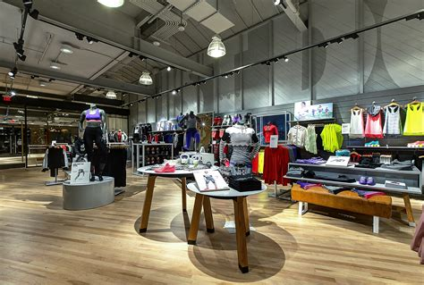 Nike Women's-only Store With Fitness Studio Opens In