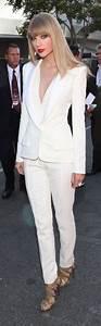 Standesamt Kleidung Damen : taylor swift evening look all white deep cleavage white suit hosenanzug hosenanzug damen ~ Orissabook.com Haus und Dekorationen