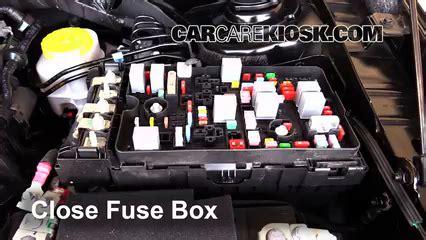 11 Chrysler 200 Fuse Box by Fuse Box On Chrysler 200 Wiring Diagram