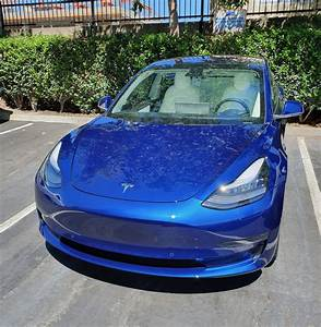 We get behind the wheel of the new Tesla Model 3 - Tech Guide