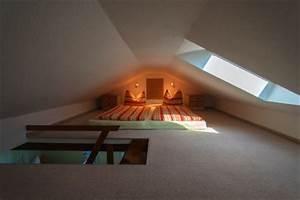 Bett Unter Schräge : schlafzimmer unterm dach dachschr ge was nun ~ Sanjose-hotels-ca.com Haus und Dekorationen