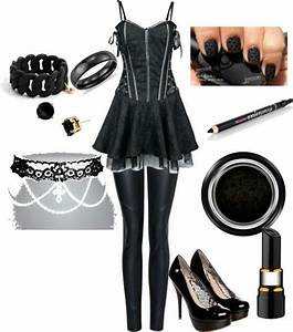 Cute goth type outfit | Black | Pinterest