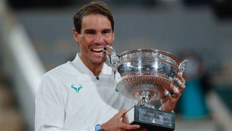 French Open 2020: Rafael Nadal ties Roger Federer at 20 ...