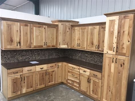 Hickory Kitchen Cabinets Wholesale by Rustic Hickory Cabinets Tucks Discount Sales
