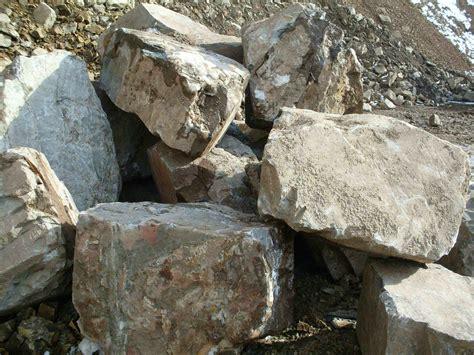 Steinbruch Jung » Grauwacke Bruchsteine