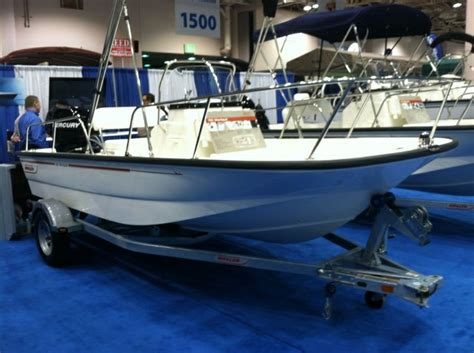 Boston Whaler Speed Boat by 17 Best Images About Center Console Boats On