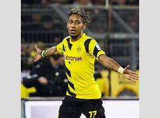 PierreEmerick Aubameyang signs Borussia Dortmund contract