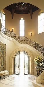 Tuscan, Design