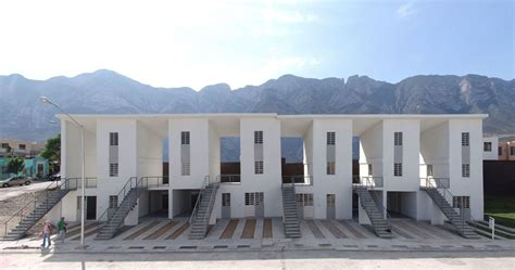 Elemental  Alejandro Aravena · Las Anacuas Housing