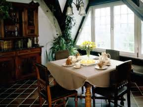 Decorating Ideas For Dining Room Vintage Dining Room Decorating Ideas Interior Design Inspirations