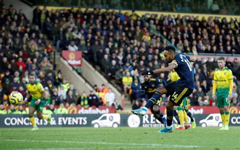 Aubameyang's double earns Arsenal draw at Norwich : The ...