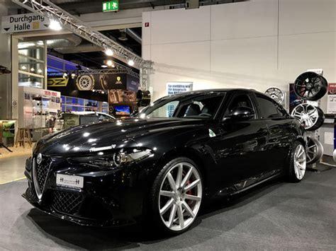 Italian Luxury Cars Gmbh An Dem Sportwagen Meeting In