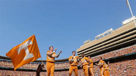 Tennessee football vs. Kentucky: Live stream, game time ...