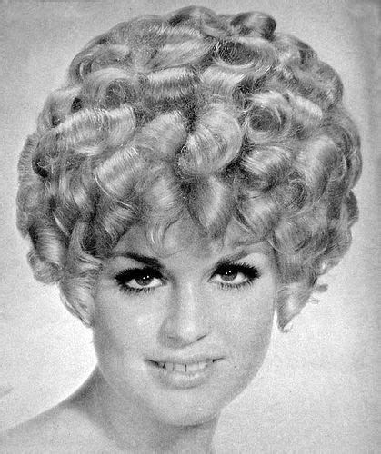 60s Curly Hairstyles by 500 Best Images About Vintage Hair 1 On 60s