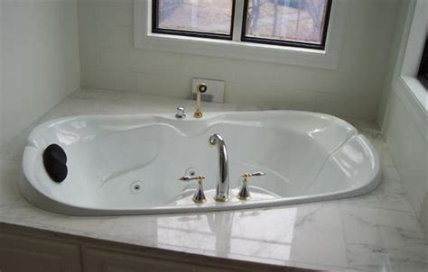 porcelain sink refinishing cost the cost of porcelain bathtub refinishing useful reviews