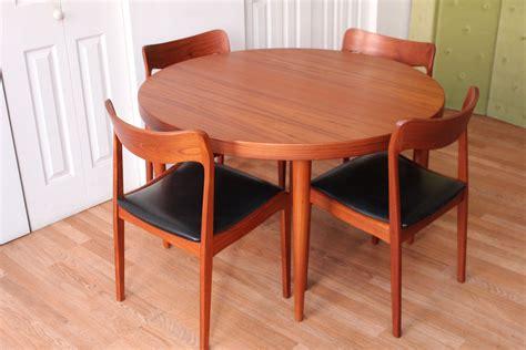 kai kristiansen danish modern dining table   chairs