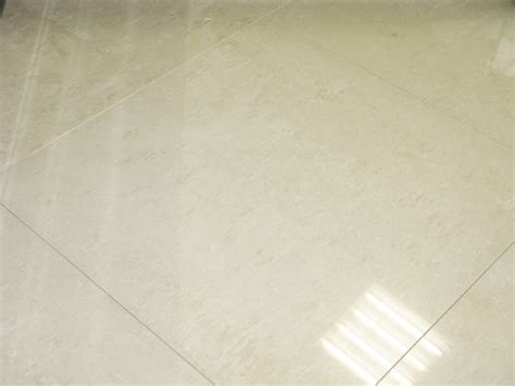 carrelage sol poli brillant 60x60 titan rectifi 233 blanc