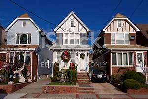 Brooklyn Häuser MIT Weihnachtsschmuck, New Blauer