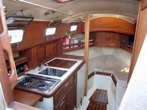 Boat cabin interior design details antiqu boat plan for Boat cabin interior design