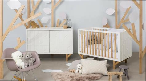 decoration chambre bébé idee deco chambre mansardee 6 chambre fille chambre