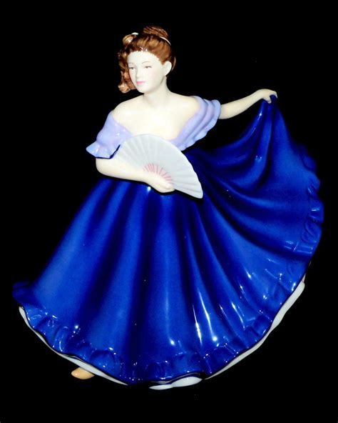 elaine hn royal doulton pretty ladies figurine royal