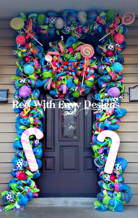 save  lot  money diy  christmas front door