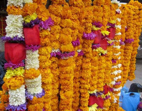 Popular Traditional Garlands For Indian Weddings Wedding