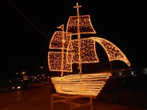 christmas traditions  decoration   christmas