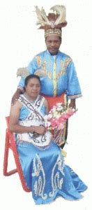 prosesi pernikahan adat biak papua gps wisata indonesia