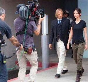 THG: Behind the scenes - The Hunger Games Photo (31686155 ...