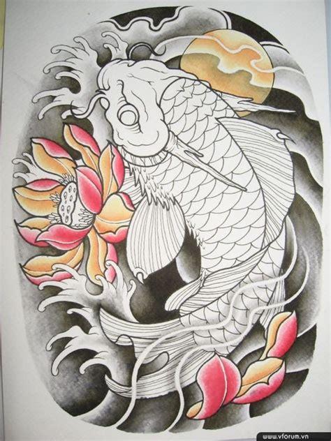 .cá chép hóa rồng là hình xăm đầy cảm hứng được người thợ săm thể hiện đa dạng về mẫu vẽ nhưng cái chung của hình xăm cá chép hóa rồng vẫn là sự oai linh, ấn tượng và đầy sức sống. Những hình xăm cá chép hóa rồng đẹp nhất ở lưng, tay, chân