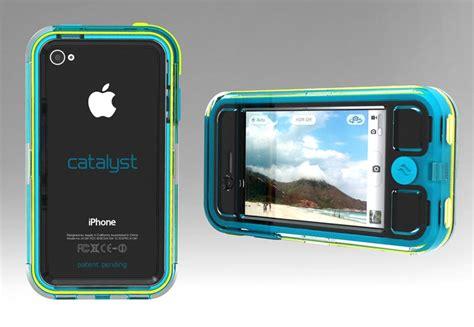 iphone 4 cases waterproof escapecapsule waterproof iphone 4 gadgetsin