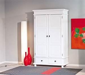 Armoire Bois Blanc : armoire en bois massif blanc armoire id es de d coration de maison ovno2o3b3a ~ Teatrodelosmanantiales.com Idées de Décoration