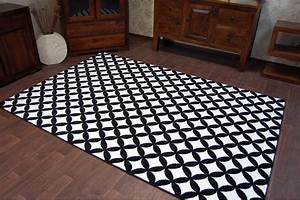 Teppich Schwarz Weiß : besten ~ Markanthonyermac.com Haus und Dekorationen