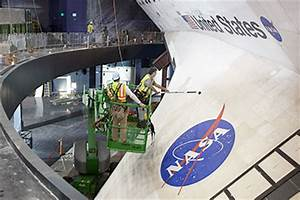 Cleaning the Space Shuttle - Pics about space